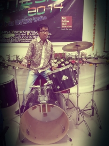 Jayeh Shrimail with drum